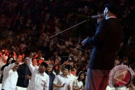 Prabowo Nonton Konser Maher Zain