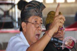 Pastika ajak jajaran tuntaskan Program Bali Mandara