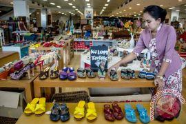 Beli baju buat cucu, delegasi Kazakhstan kunjungi Smesco