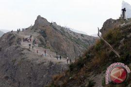 Ribuan warga padati Festival Kelud 1.000 tumpeng