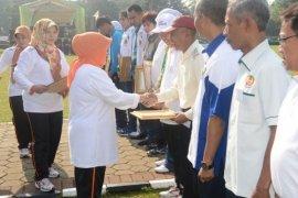 Pemkab Bogor berikan penghargaan insan olahraga berprestasi