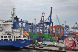 Pelabuhan Perikanan Natuna Beroperasi Pertengahan 2015