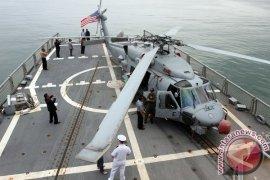 Kedatangan Kapal Perang AS