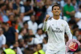 Madrid Pesta Empat Gol ke Gawang Granada