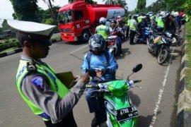 Pelanggar Helm Mendominasi Operasi Zebra Di Bogor