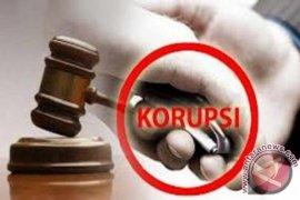 Hakim Hentikan Sidang Kasus Korupsi Kaspul Anwar