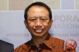 """Marzuki Alie: SBY """"korbankan"""" Agus dengan perhitungan"""