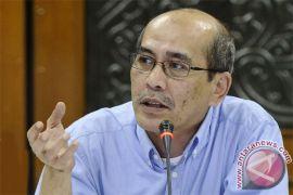 Faisal Basri: pembentukan holding BUMN harus transparan