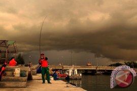 Cuaca ekstrem landa pesisir Aceh