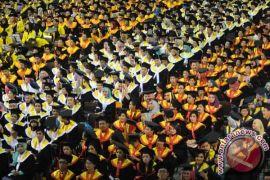 UI luluskan 2.430 wisudawan berpredikat cum laude