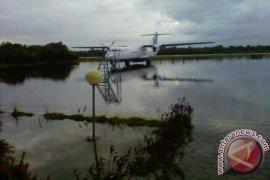 Bandara Rahadi Oesman Ketapang Terendam Air