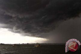 Badai di Sri Lanka menewaskan sedikitnya tujuh orang