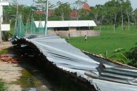Atap Gudang SMA Muhammadiyah