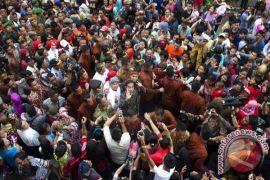 Cap Go Meh dipindah ke Balai Kota Semarang, tokoh agama hadir