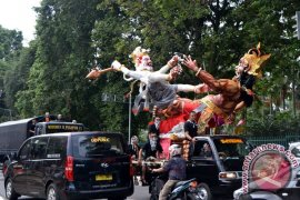 Jempol Turis Tiongkok Untuk Wisata Bali