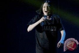 Jessie J buatkan lagu untuk penonton