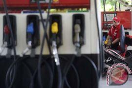 Harga minyak mentah naik