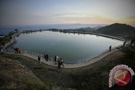 Atasi krisis air, Gunung Kidul bangun embung Batur Agung