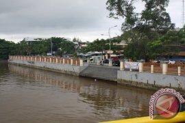 High Pollution of Martapura River