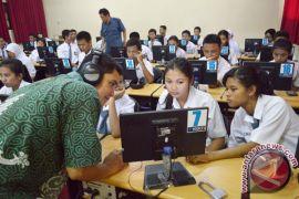 300 sekolah terjangkau internet kecepatan tinggi
