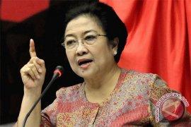 Megawati: Banyak artis dengan sadar pilih PDI Perjuangan