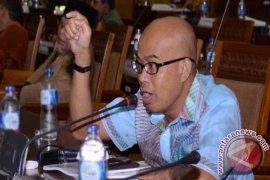 Komisi III DPR kunjungi kediaman calon Kapolri Komjen Idham
