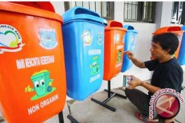 BLH Pasang 90 Unit Tempat Sampah