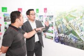 Ridwan Kamil Tertarik Bantu Penataan Sungai Cisadane