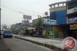 Jalan Penghubung Tiga Kelurahan Bekasi Rampung 2017