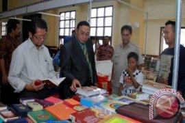 """KPAD Bontang Gelar """"Bazar Sejuta Buku"""""""