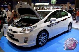 Maling Incar Baterai Toyota Prius hibrid