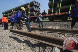 Stasiun Warudhuwur Cirebon sudah dilintasi dua arah