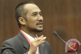 Mantan pemimpin KPK: pengusutan penyerang Novel sudah terlalu lama