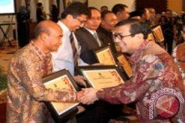 UMM Terima Penghargaan Kampus Berbudaya HKI
