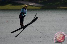 16 daerah ikuti Kejurnas Ski Air di Bandung