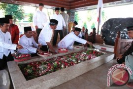 Wagub Jatim: Haul Bung Karno Motivasi Bangsa