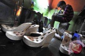 Bupati Minta Diskoperindag Kembangkan Produk UMKM Lokal