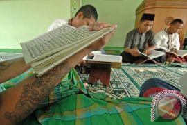 Banyuwangi beri beasiswa sampai kuliah bagi penghafal Al Quran