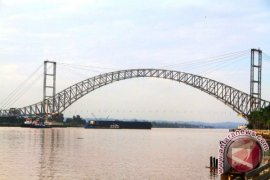 Jembatan Kartanegara Mampu Menahan Beban 14.580 ton