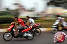 Polisi amankan puluhan sepeda motor balap liar