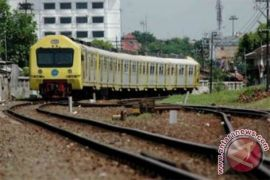Pemerintah pertimbangkan pembangun kereta cepat terbaik