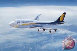 Jet Airways Mendarat Darurat di Oman Setelah Ancaman Bom