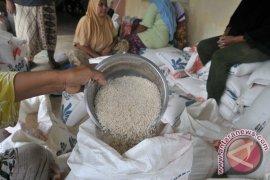 Mensos: Jangan ada lagi beras tidak layak konsumsi