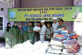 Kideco Bagikan 15.500 Paket Lebaran