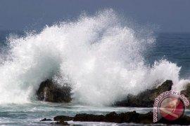 Gelombang Laut Teluk Tomini Capai Dua Meter