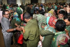 Plt Gubernur Banten Bersama Ribuan ASN Halal-Bihalal