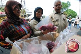 Pedagang Bakso Rela Beli Daging Berharga Mahal
