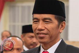 Presiden Jokowi berharap kapal ternak normalkan harga sapi