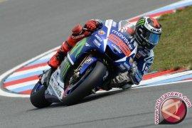 Lorenzo finish tercepat untuk geser Rossi