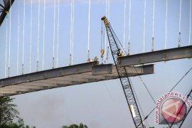 """""""Tie Beam"""" Jembatan Kartanegara Mulai Tersambung"""